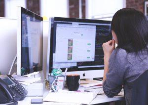 עובדים קשה? עוזרת אישית וירטואלית תוכל לחסוך לכם זמן