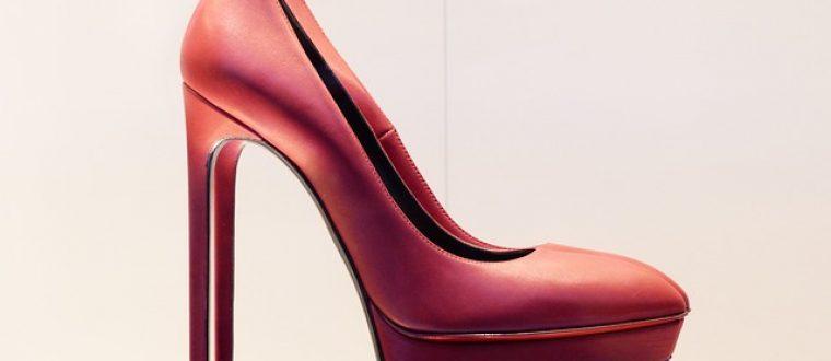 הנעליים שכדאי שתתרחקי מהן